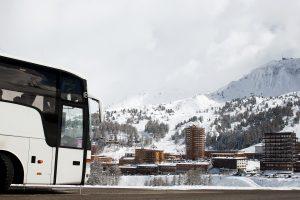 Met de bus op wintersport: de 5 voordelen