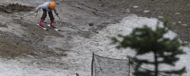 Wintersportnieuws: skigebied opent zonder sneeuw, Duitse tolwet lijkt definitief rond te zijn