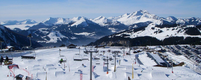 Het hooggelegen en sneeuwzekere skidorp Avoriaz