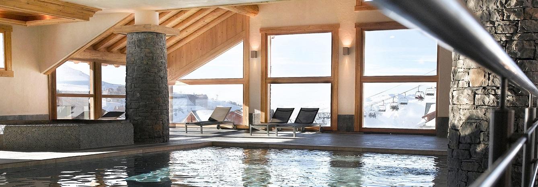 Kom bij in het verwarmde zwembad