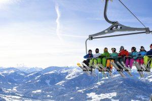 Waarom nu al je wintersportvakantie boeken met een grote groep?