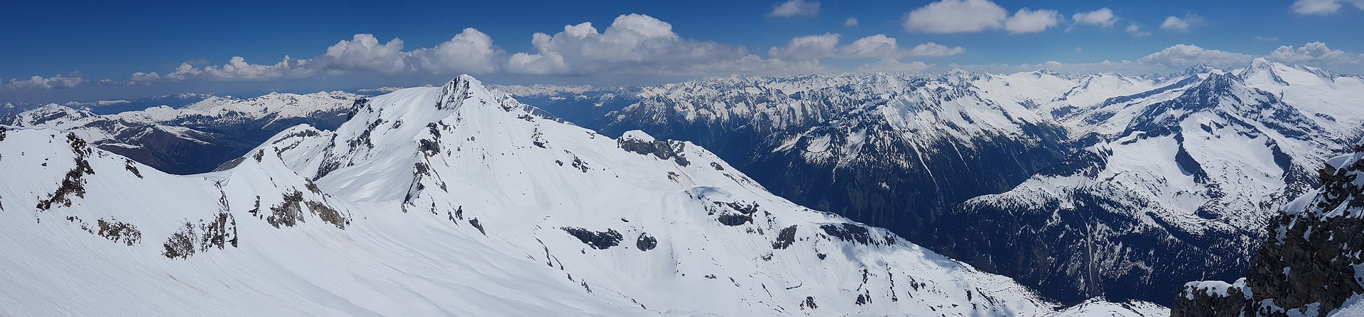 De Hintertuxer gletsjer is een populaire gletsjer in Oostenrijk