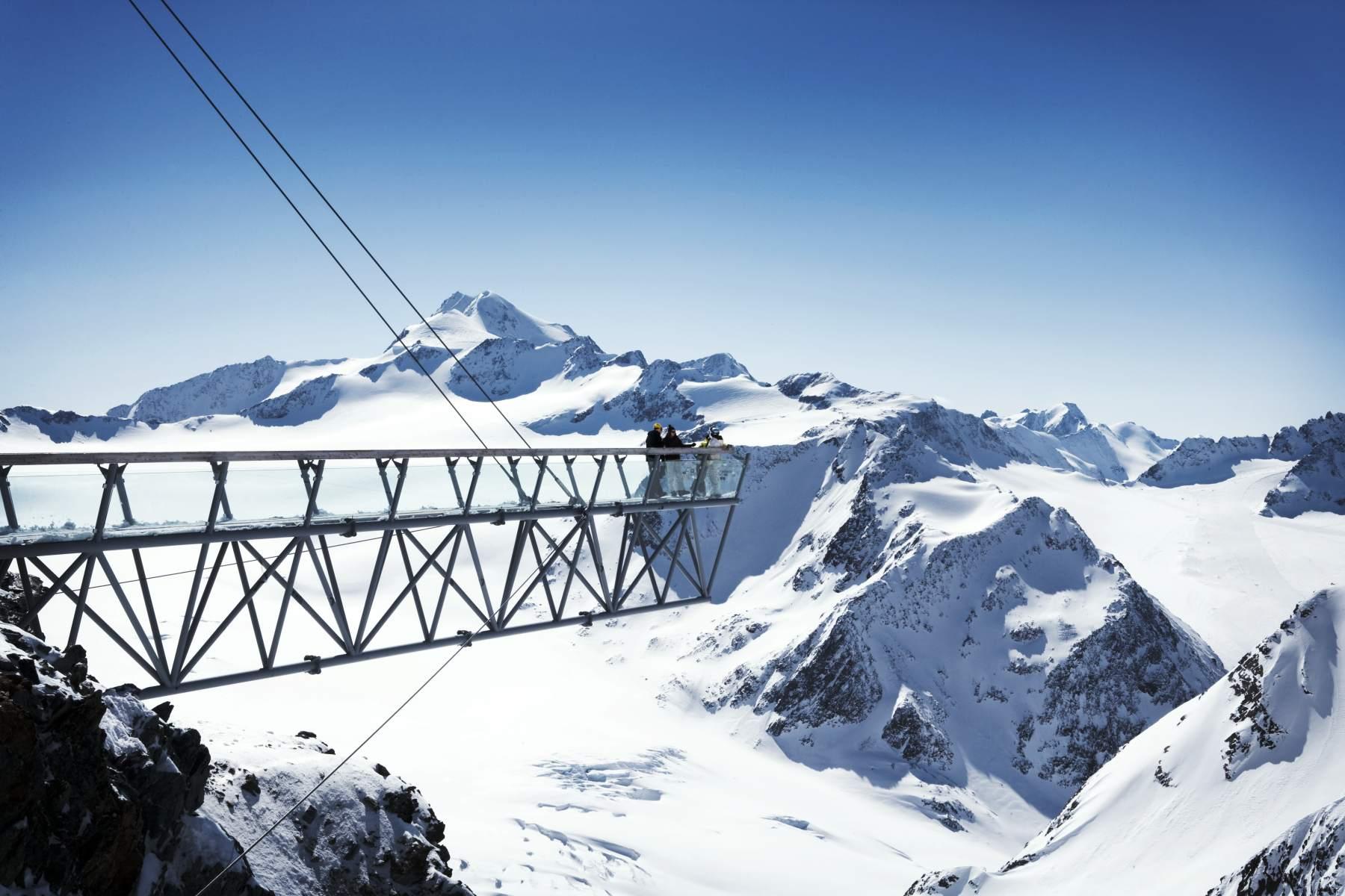 De uitkijkbrug met adembenemend uitzicht!