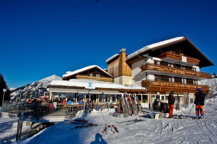 Alpemhotel Garfrescha aan de piste