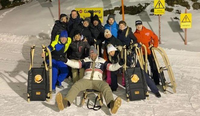 Wintersport in kirchberg - rodelen