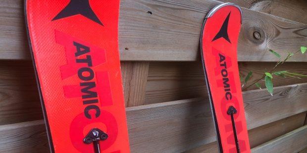 Toplaag van de ski - de opbouw van een ski