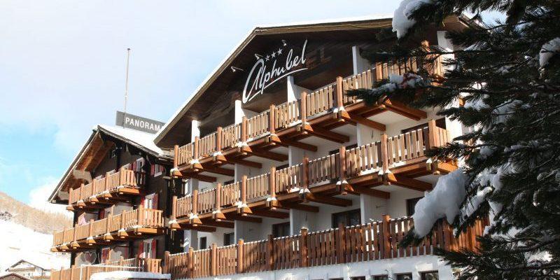 familiewintersport - Swiss Family Hotel Alphubel